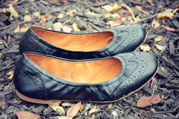 Juil Wing Tip Ballet Flats