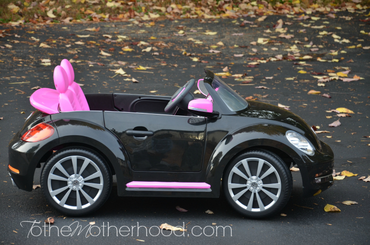 Kid Trax VW Beetle Convertible  Kid Trax VW Beetle Convertible 12 Volt Battery Powered Ride On
