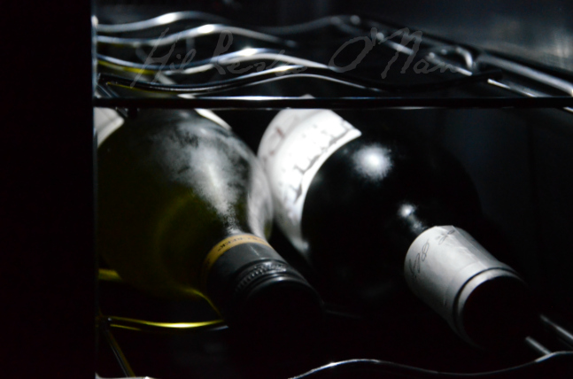 12-Bottle Capacity Dual Zone Wine Cellar