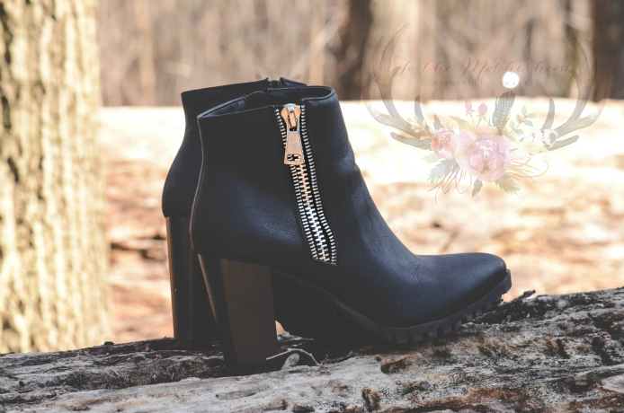 CARLY-11 Zipper Western Pointed Toe Wooden Heel Ankle Boot Bootie Review