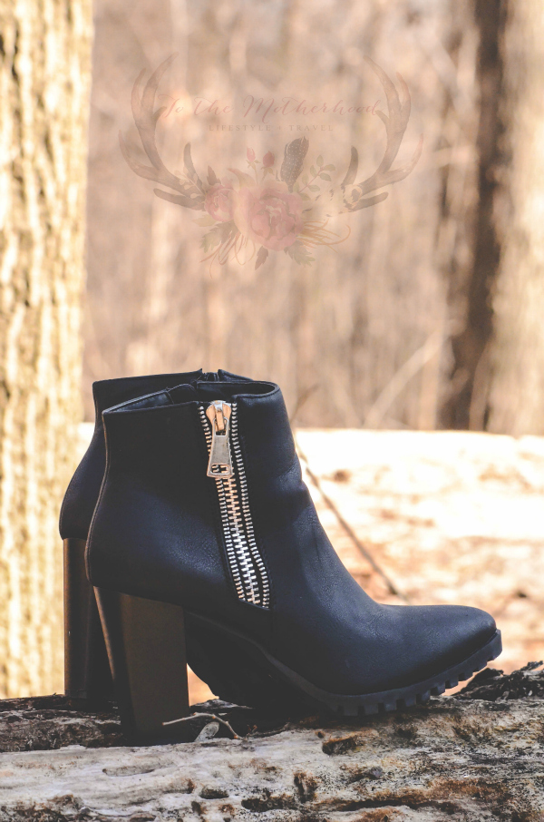 CARLY-11 Zipper Western Pointed Toe Wooden Heel Ankle Boot Bootie