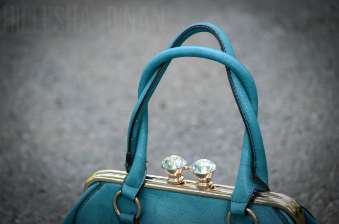 Kissing Carats Blue Top Handle Handbag