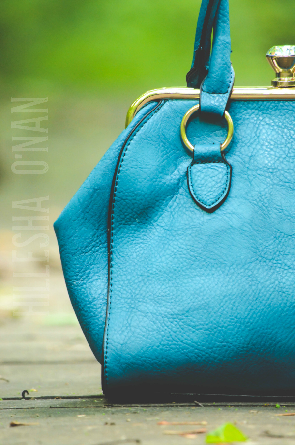 Kissing Carats Handbag