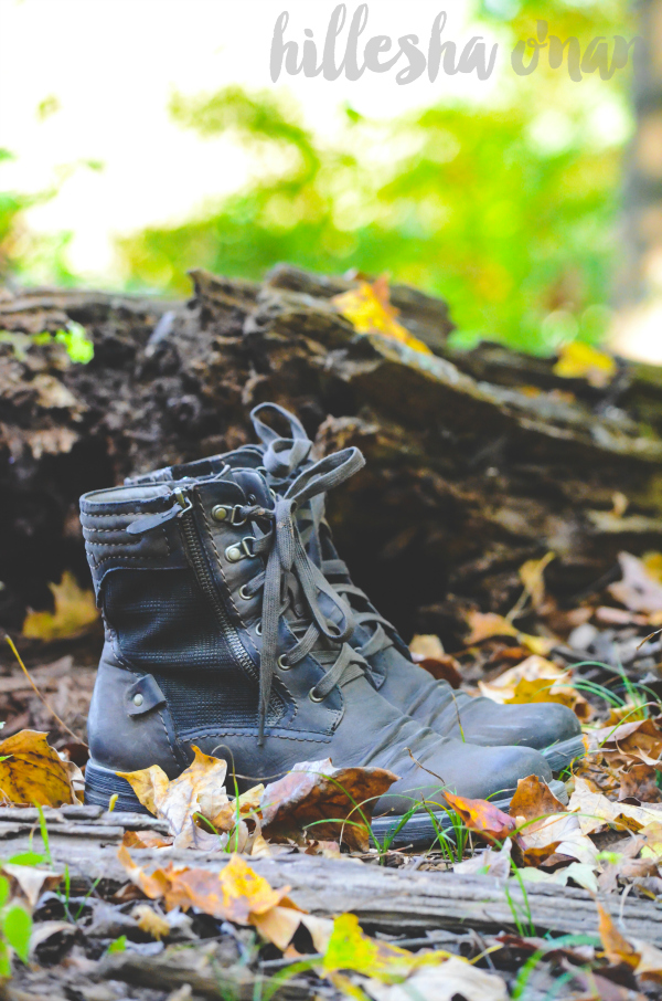 earth-brands-summit-hiking-inspired-boots-review