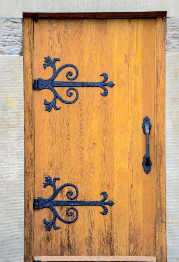 the-rapp-owen-granary-door