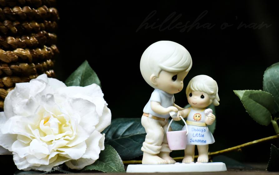 Precious Moments Daddy's Little Sunshine Figurine