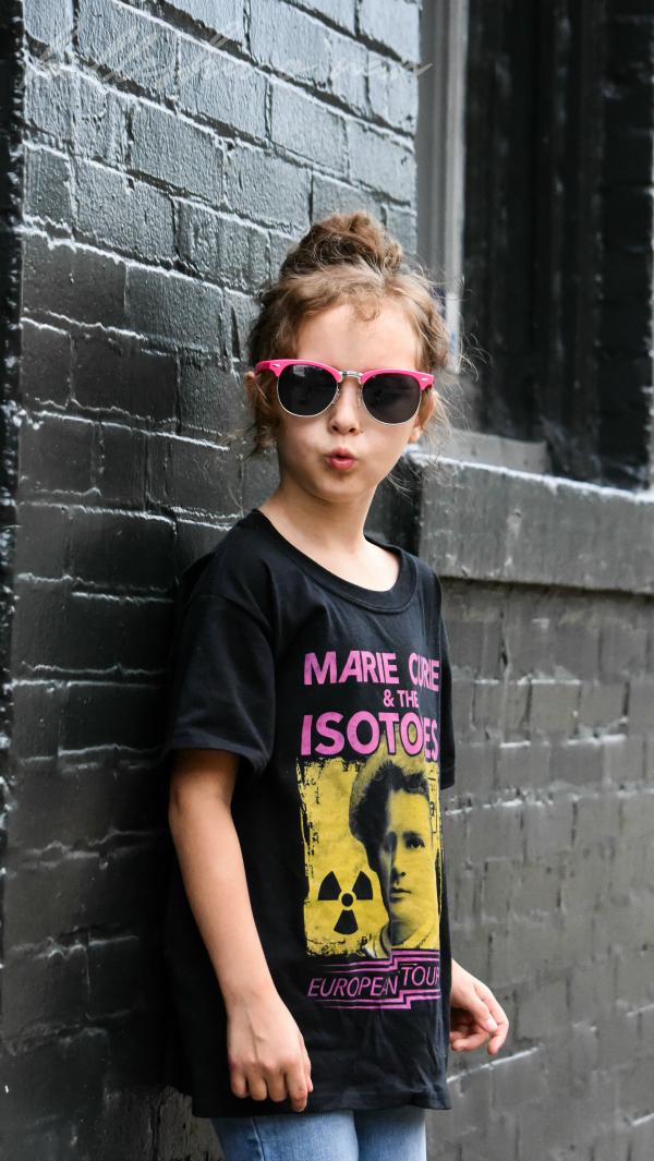 Boredwalk Tees Marie Curie European Tour T-Shirt Review