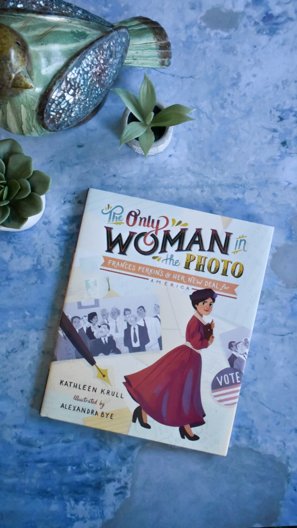 The Only Woman in the Photo by Kathleen Krull Book Review