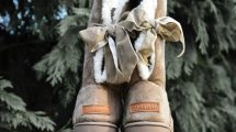 Marleylilly Sherpa Tie Booties